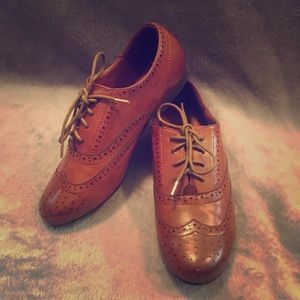 Brown Lace-Up Oxford Style Loafers